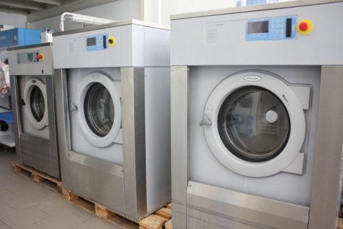 Occasioni Lavatrici Usate.Lavatrice Usata In Offerta Per Lavanderia In Sicilia Vella